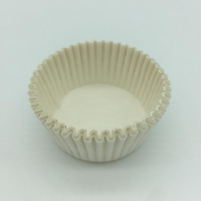 Custom White Greaseproof Cupcake Liners Round Shape Blueberry Muffin Cup