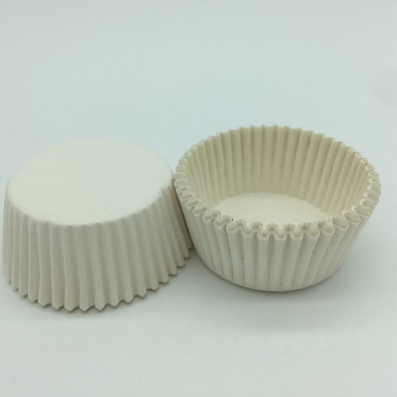 Custom White Greaseproof Cupcake Liners Round Shape
