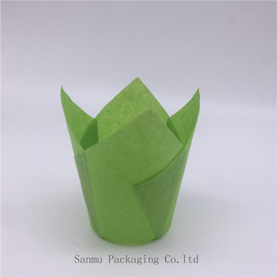 China Various Size Baking Tulip Paper Cups Anti Heat  Wedding Cupcake Wrappers distributor