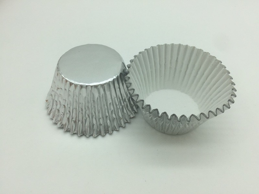 China Heat Resist Aluminum Baking Cups Foil Muffin Liners Silver Round Shape For Bakery distributor