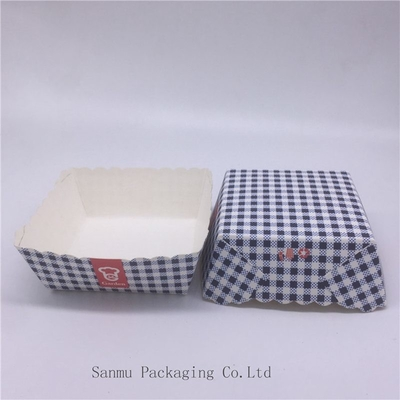 China Disposable Square Cupcake Liners , Black And White Checkered Cupcake Wrappers distributor